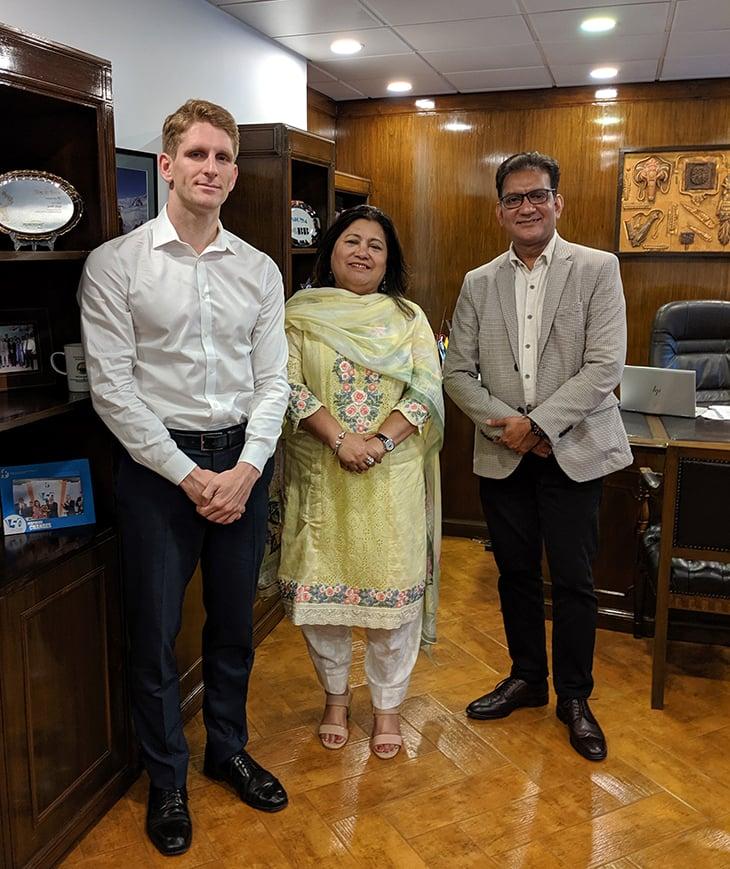 Bangladesh-investor-meeting-frontier