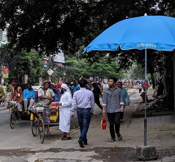 Bangladesh-street-frontier