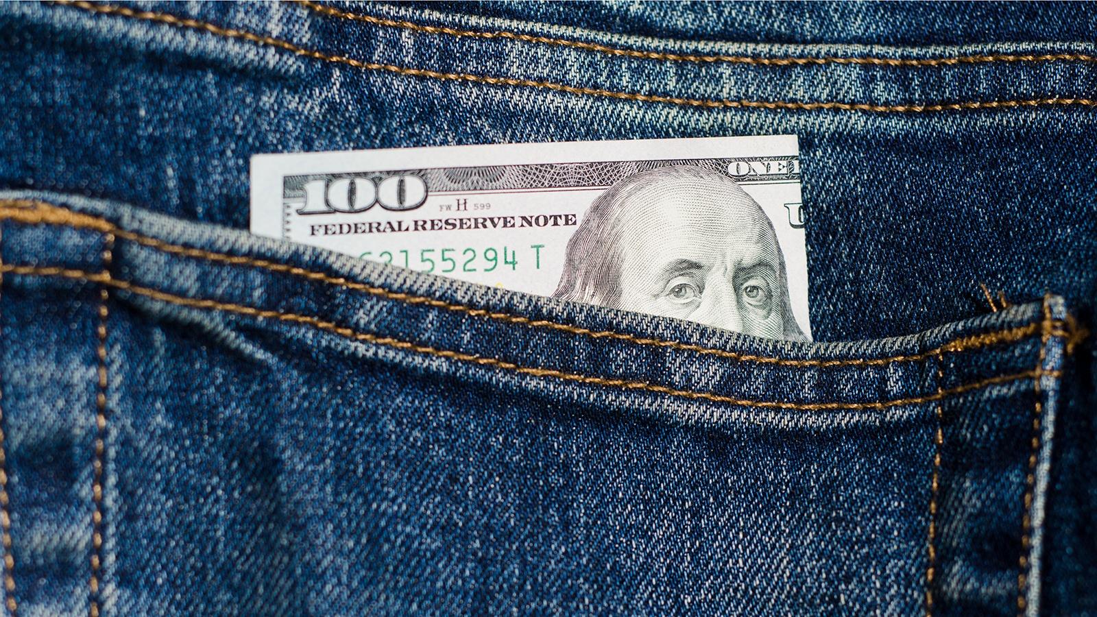 dollari-taskussa-1600x900