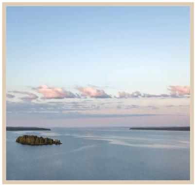 auringonlasku järvimaisemassa frame
