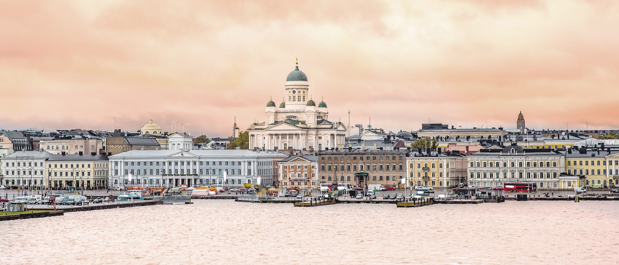 Helsinki-at-sunset-with-a-Cathedral-church-and-Market-Square-area_AdobeStock_2126x1297_tiny_crop